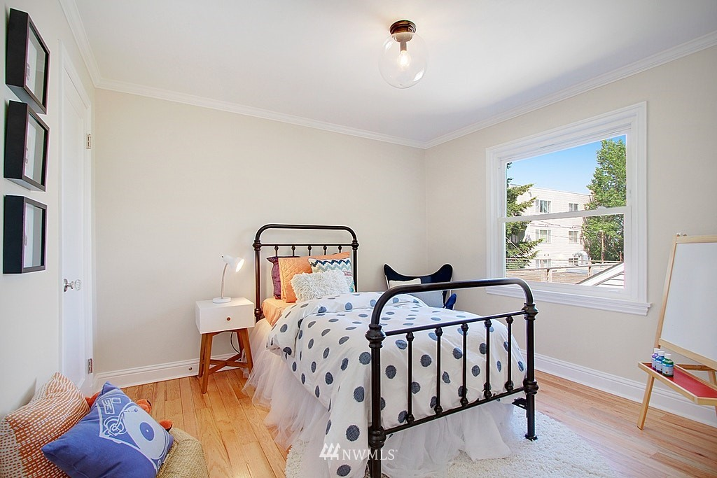 Sold Property   7002 34th Avenue NE Seattle, WA 98115 21