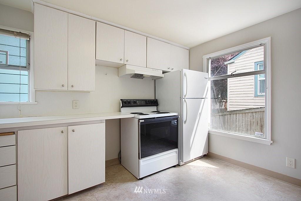 Sold Property | 9422 35th Avenue SW Seattle, WA 98126 8