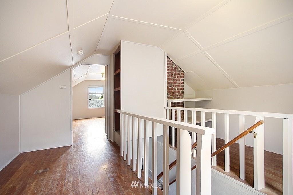 Sold Property | 9422 35th Avenue SW Seattle, WA 98126 9
