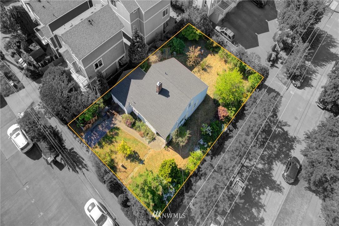Sold Property   752 N 92nd Street Seattle, WA 98103 4