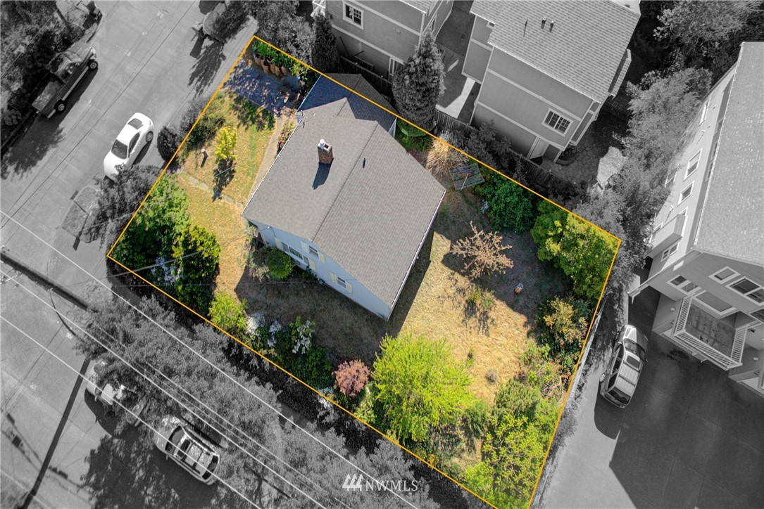 Sold Property   752 N 92nd Street Seattle, WA 98103 5