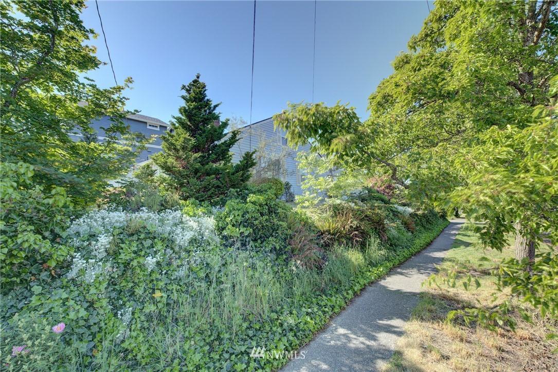 Sold Property   752 N 92nd Street Seattle, WA 98103 7