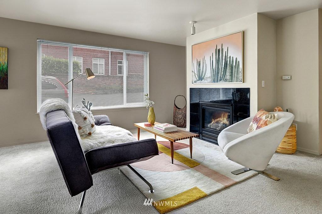 Sold Property | 1818 18th Avenue #101 Seattle, WA 98122 1