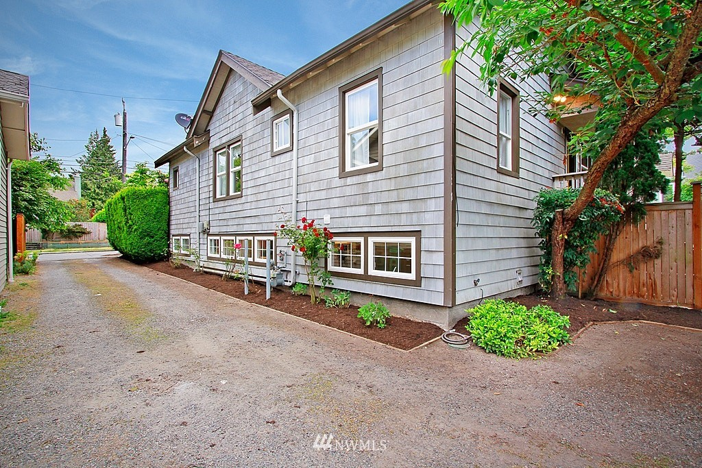 Sold Property | 317 NW 80th Street Seattle, WA 98117 17