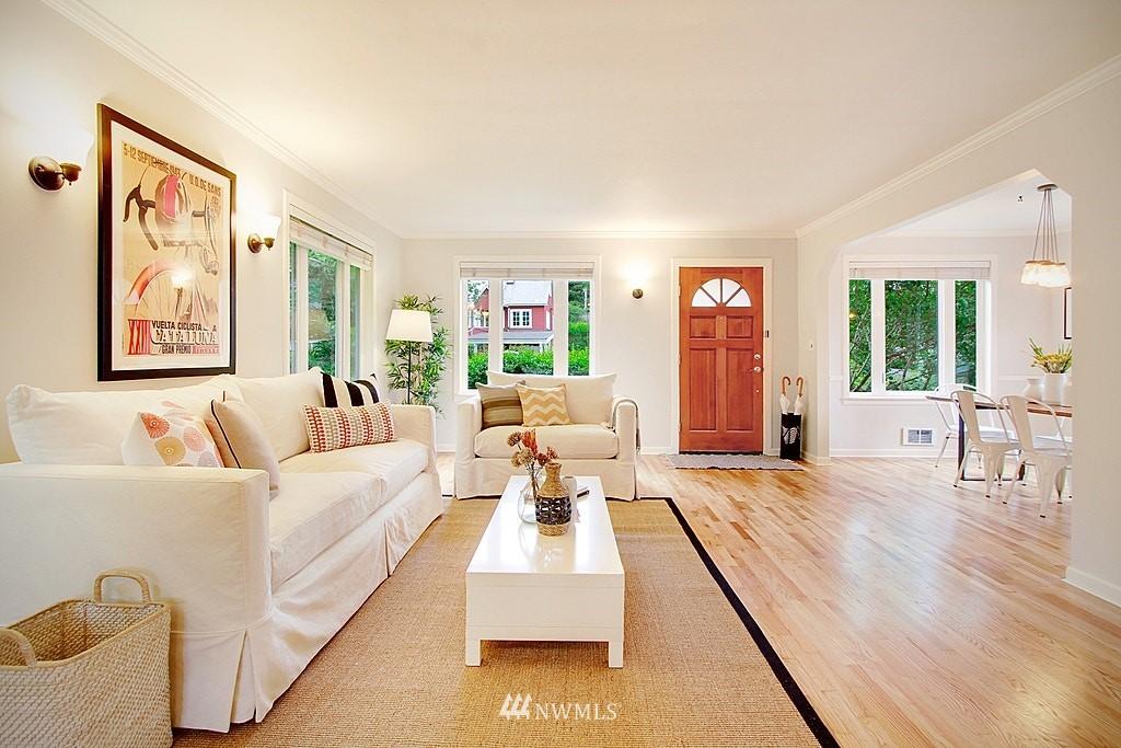 Sold Property | 2750 NE 103rd Street Seattle, WA 98125 1