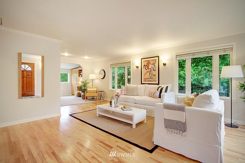 Sold Property | 2750 NE 103rd Street Seattle, WA 98125 3
