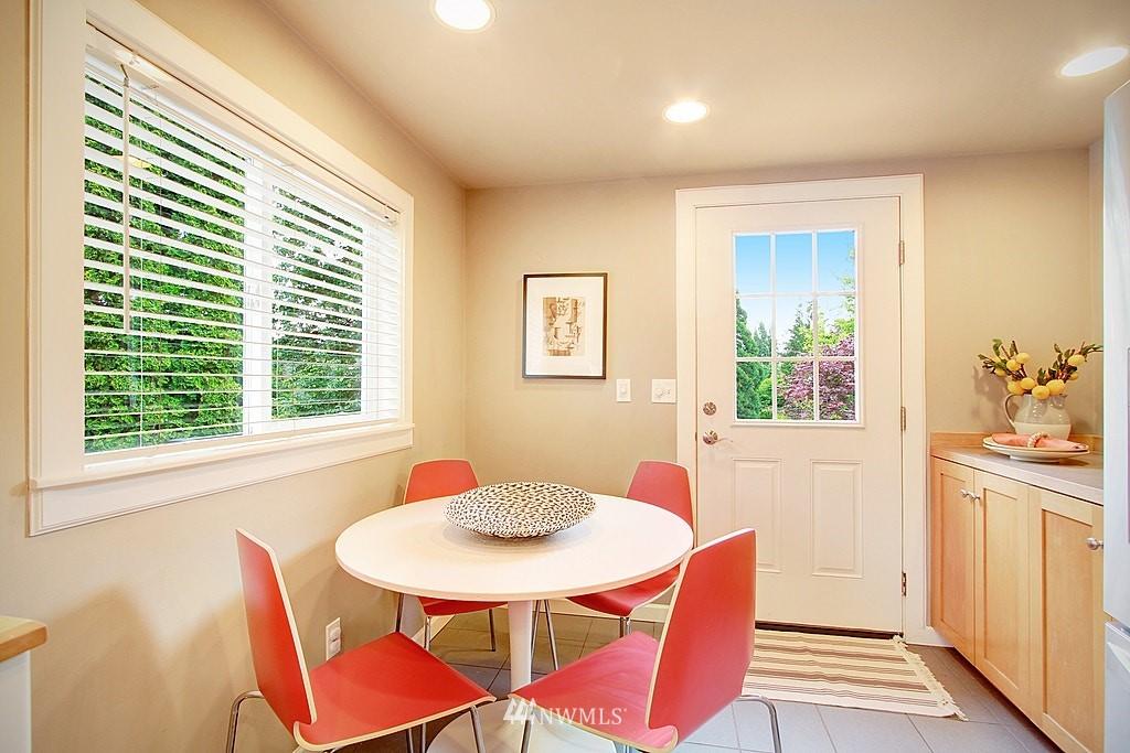 Sold Property | 2750 NE 103rd Street Seattle, WA 98125 8