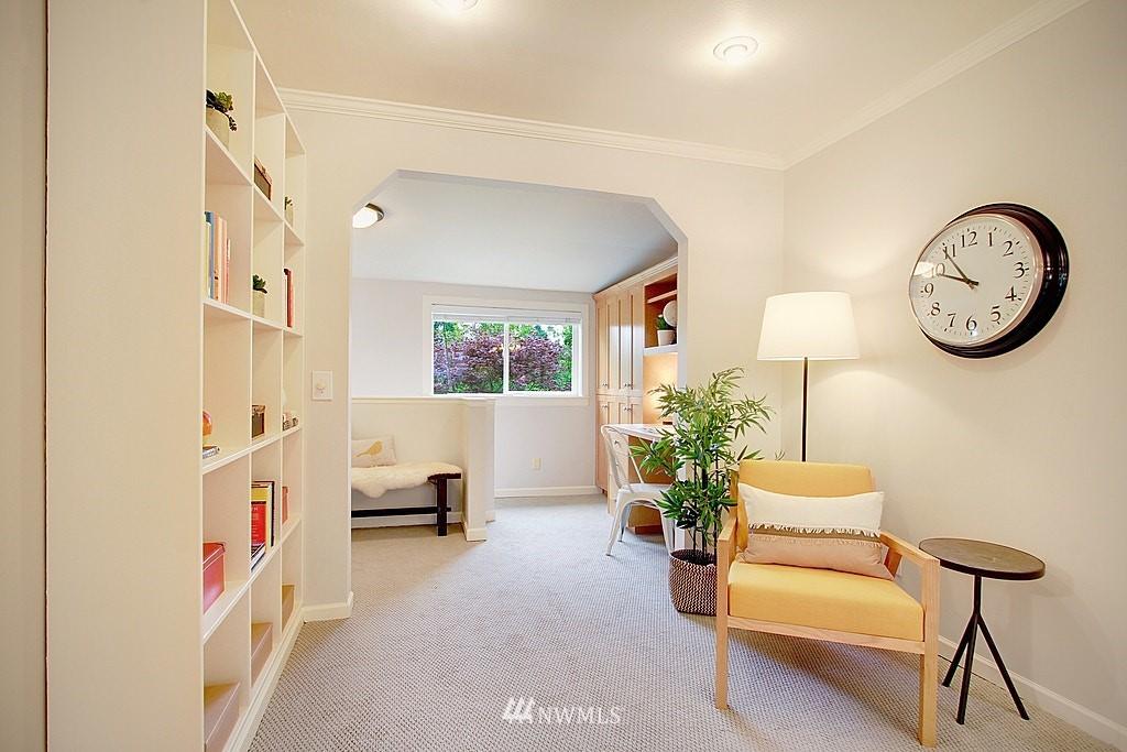 Sold Property | 2750 NE 103rd Street Seattle, WA 98125 9