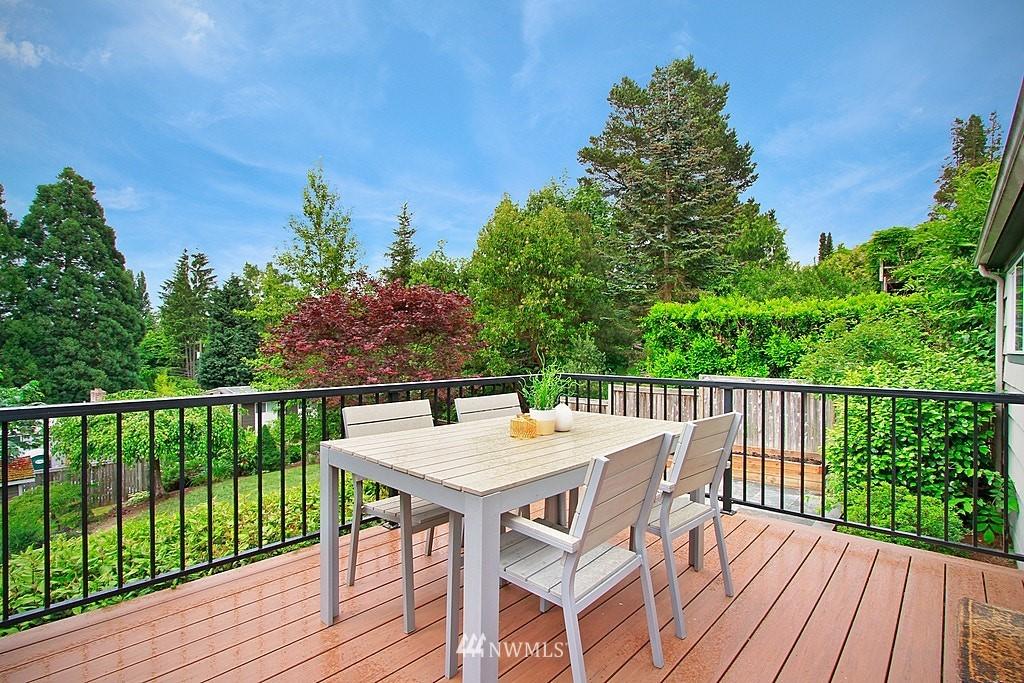 Sold Property | 2750 NE 103rd Street Seattle, WA 98125 16