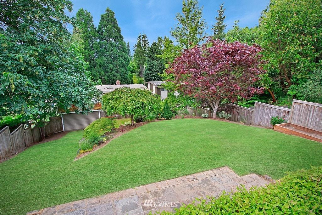 Sold Property | 2750 NE 103rd Street Seattle, WA 98125 20