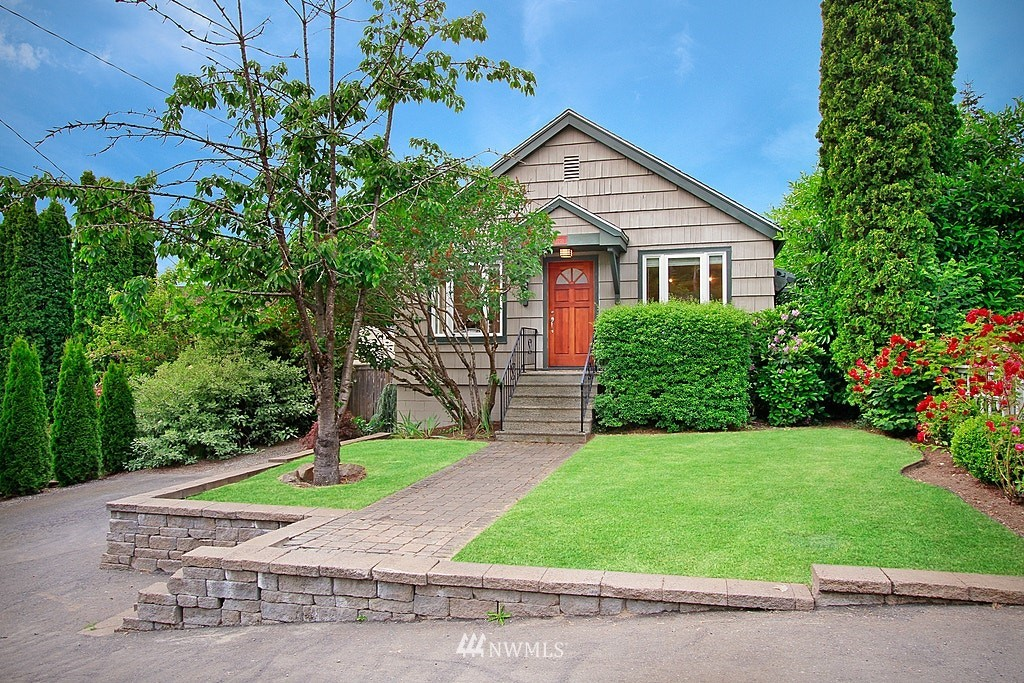 Sold Property | 2750 NE 103rd Street Seattle, WA 98125 21