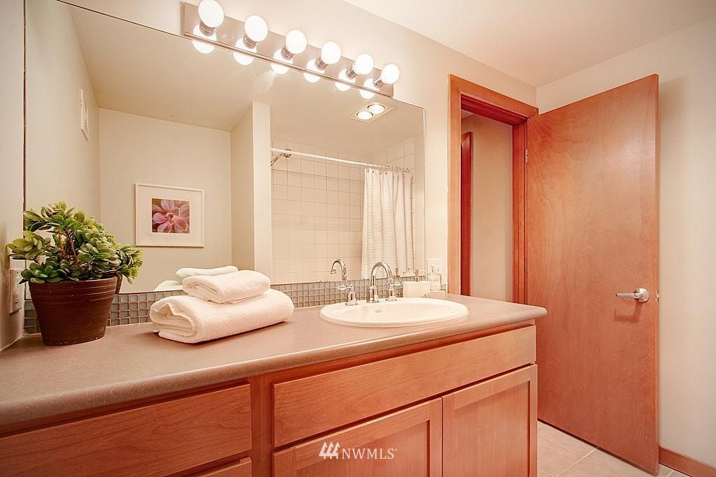 Sold Property   1730 Taylor Avenue N #301 Seattle, WA 98109 8