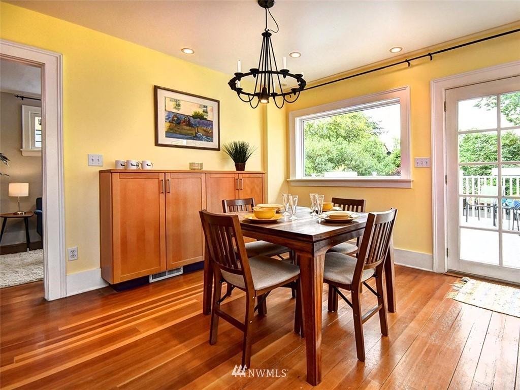 Sold Property | 522 N 68th Street Seattle, WA 98103 9