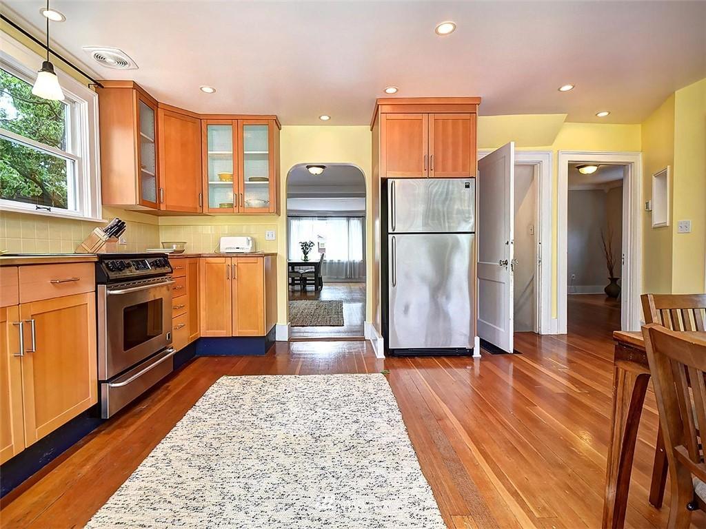 Sold Property | 522 N 68th Street Seattle, WA 98103 7