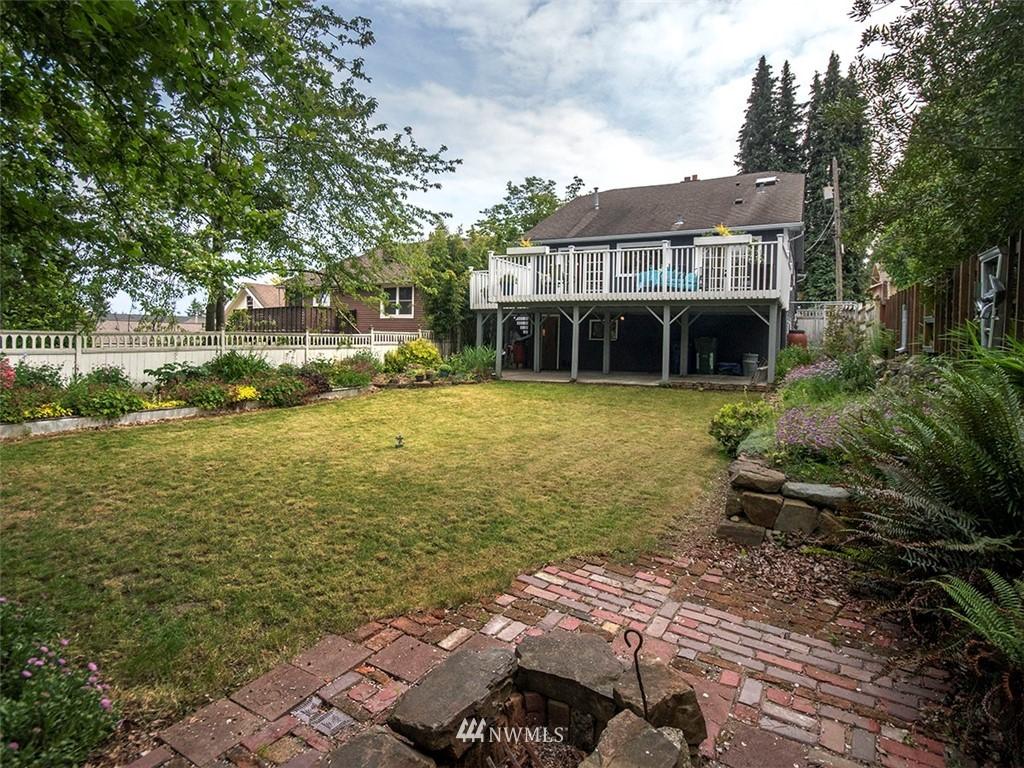 Sold Property | 522 N 68th Street Seattle, WA 98103 24