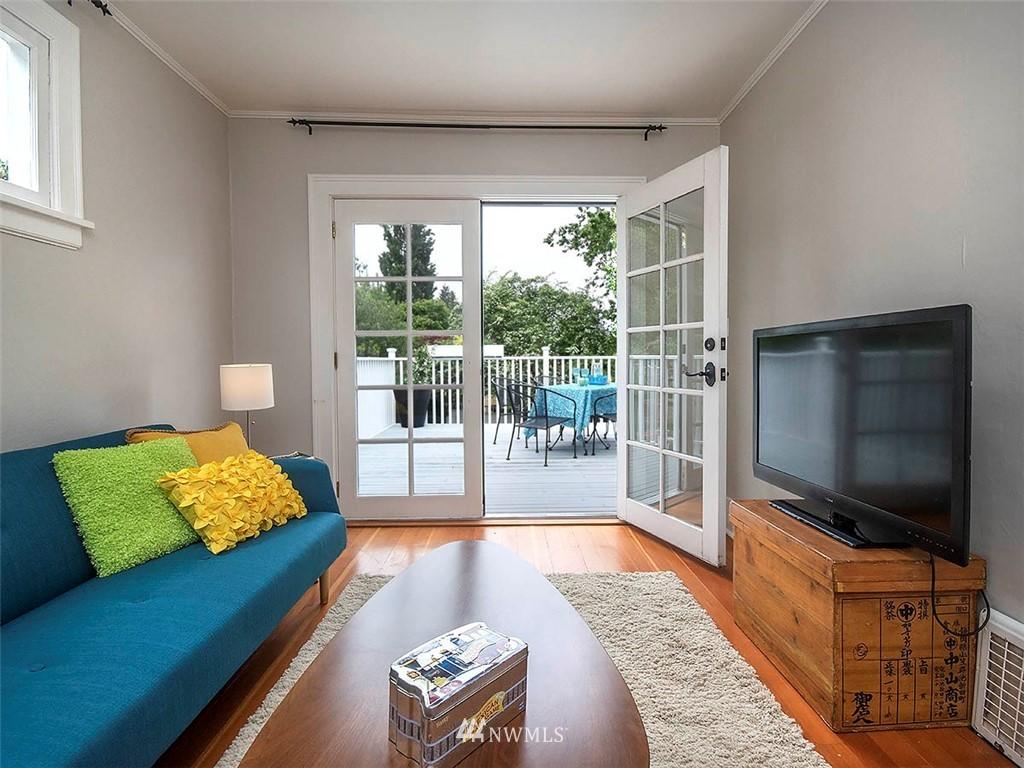 Sold Property | 522 N 68th Street Seattle, WA 98103 13