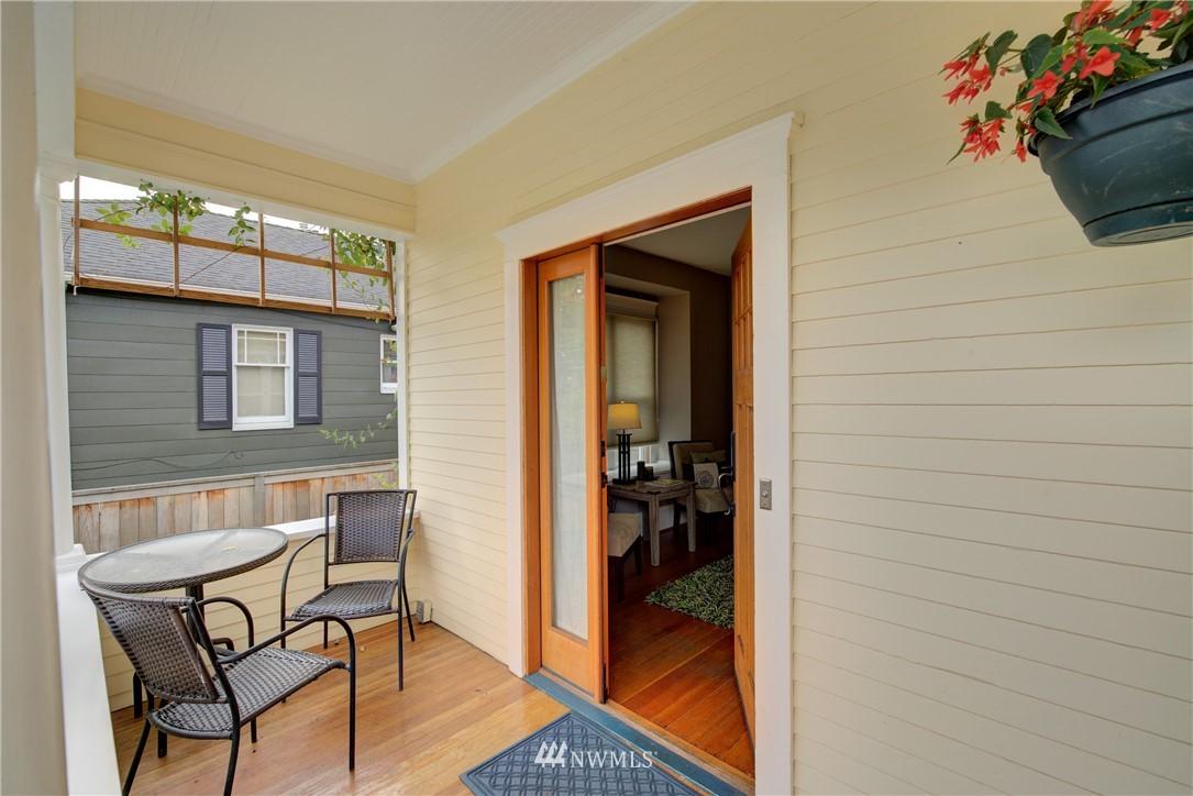 Sold Property | 7539 1st Avenue NE Seattle, WA 98115 1