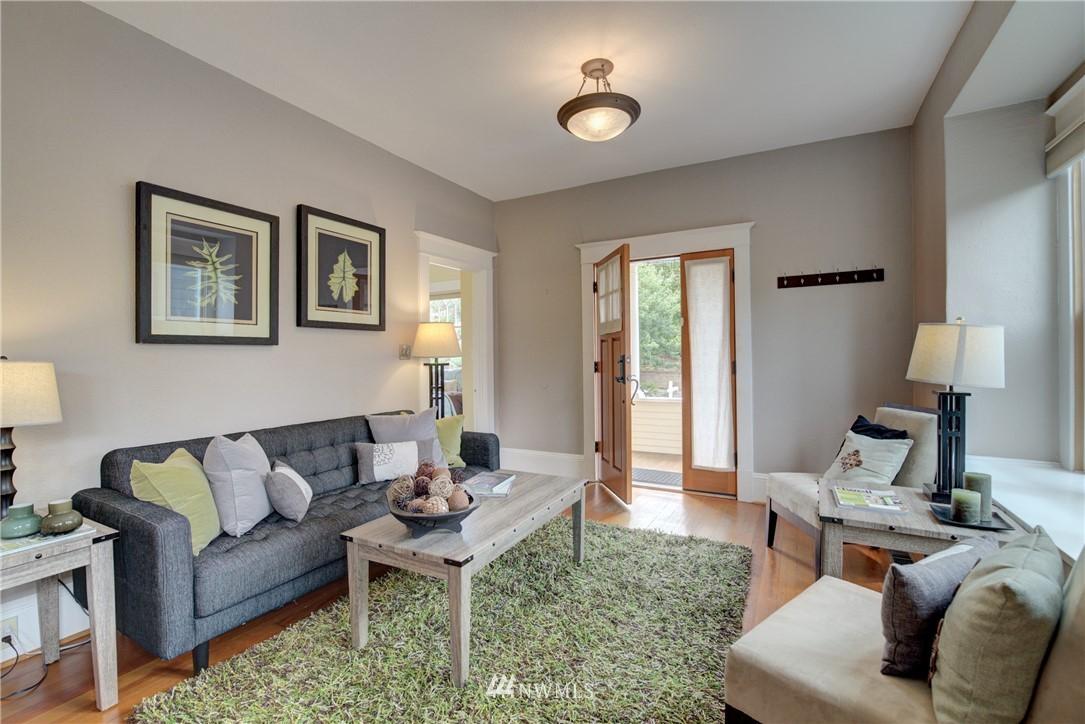 Sold Property | 7539 1st Avenue NE Seattle, WA 98115 2