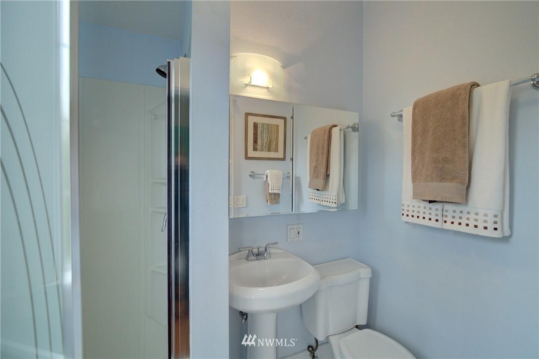 Sold Property | 7539 1st Avenue NE Seattle, WA 98115 10