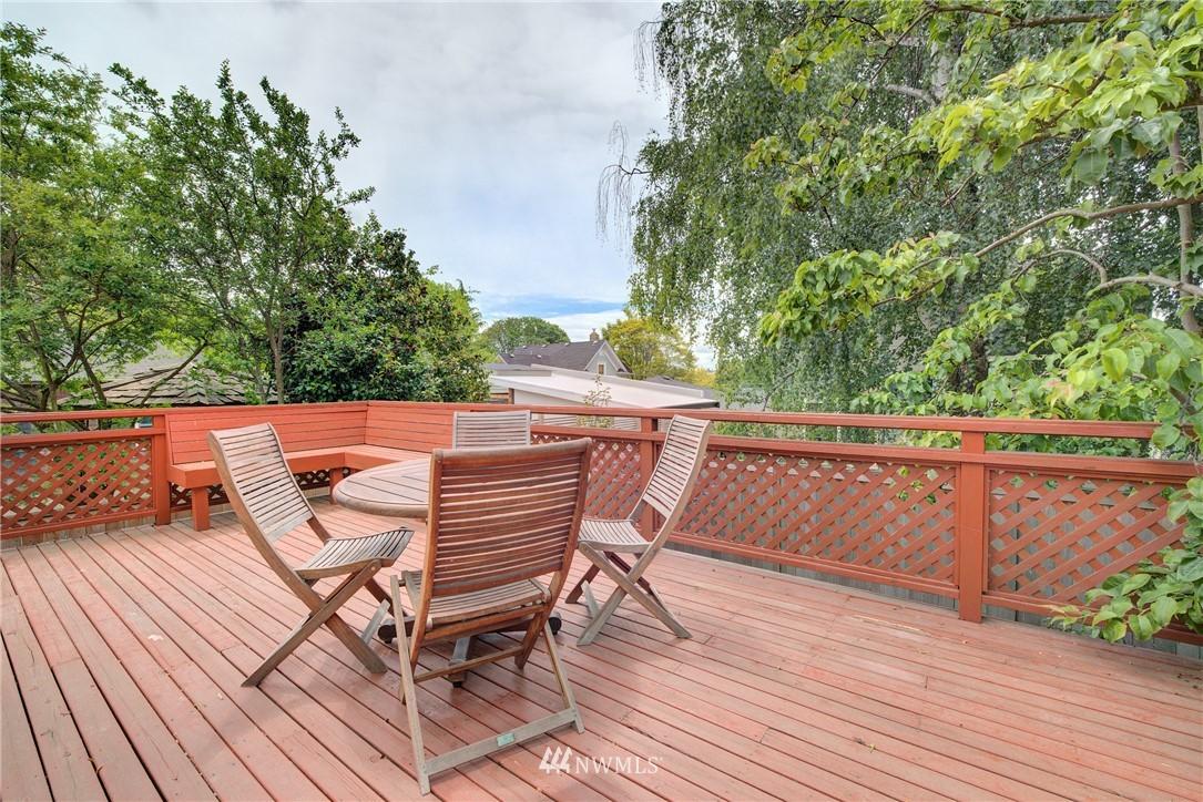 Sold Property | 7539 1st Avenue NE Seattle, WA 98115 16