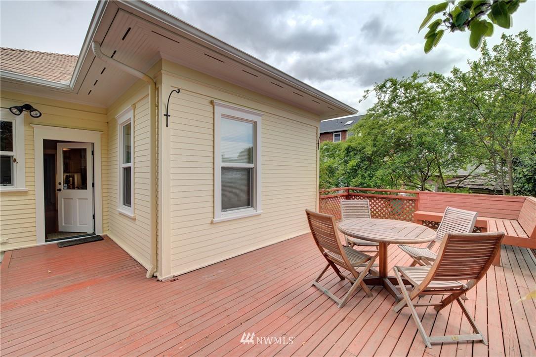 Sold Property | 7539 1st Avenue NE Seattle, WA 98115 17
