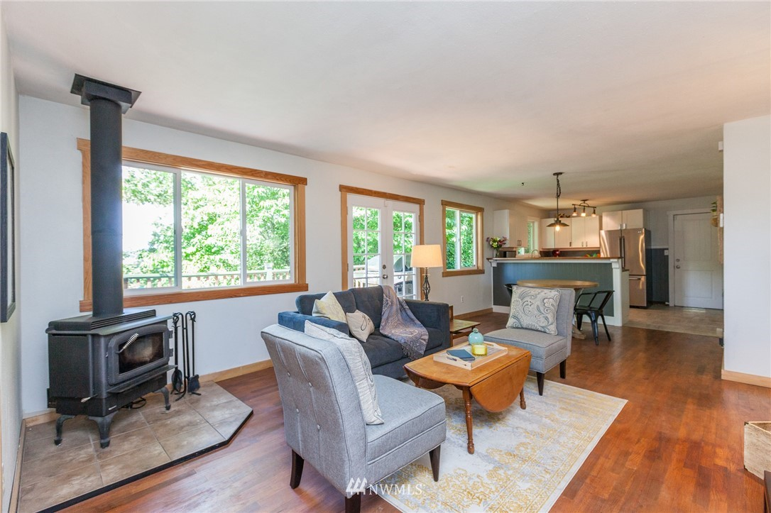 Sold Property | 1010 S Trenton Street Seattle, WA 98108 1