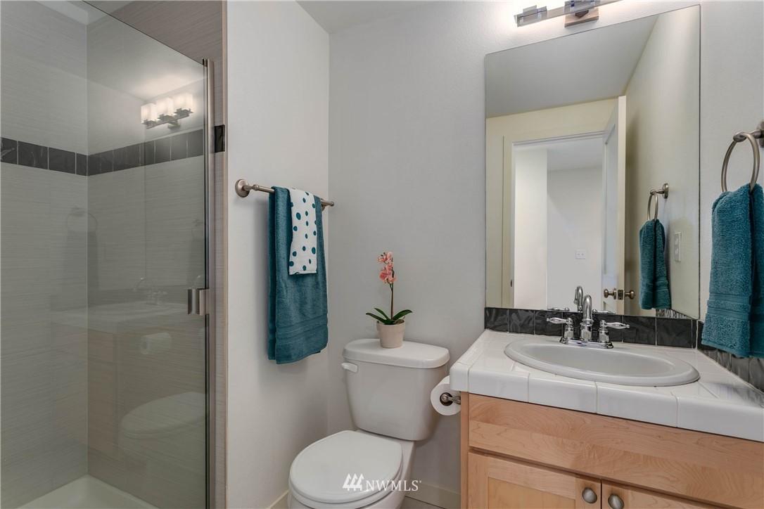 Sold Property | 5236 25th Avenue SW Seattle, WA 98106 20