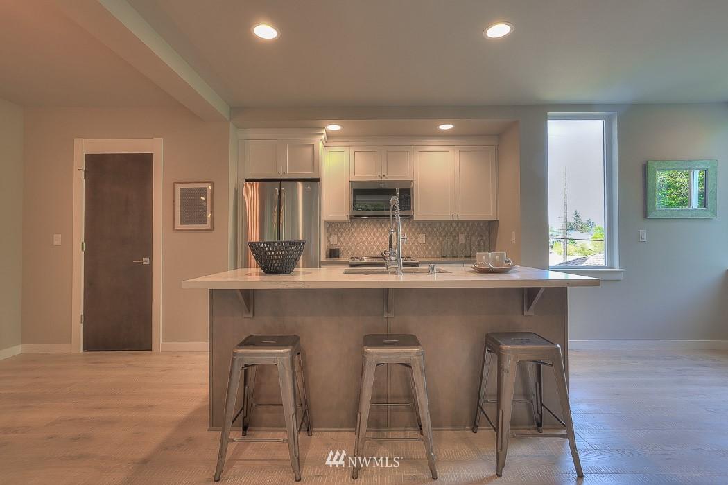 Sold Property   3713 S Dawson Street Seattle, WA 98118 5