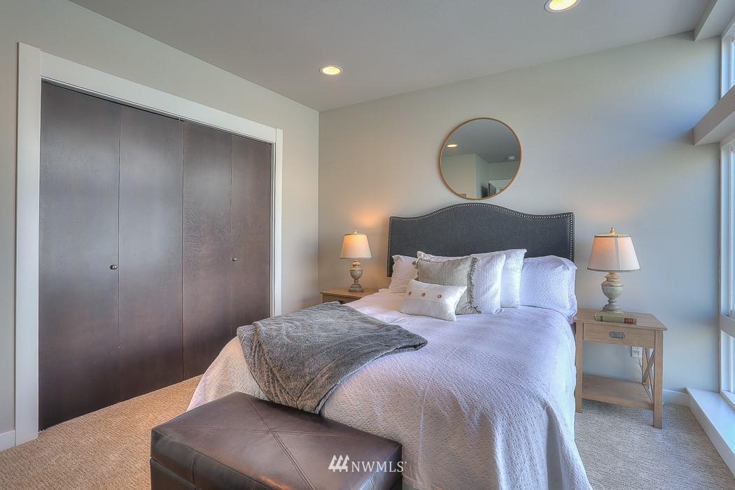 Sold Property   3713 S Dawson Street Seattle, WA 98118 14
