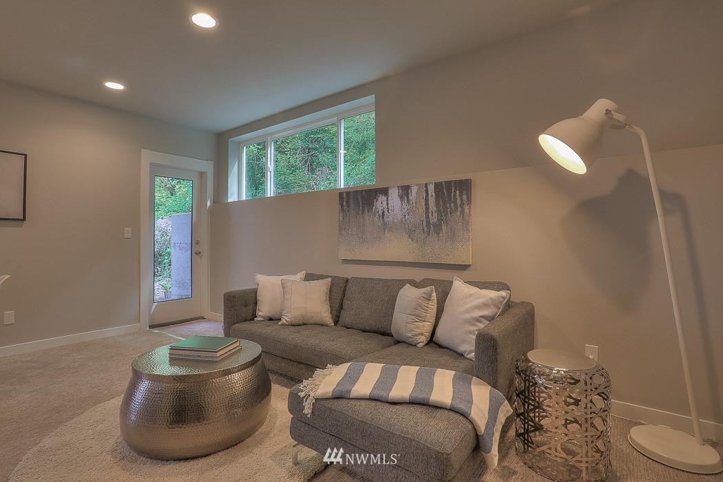 Sold Property   3713 S Dawson Street Seattle, WA 98118 17