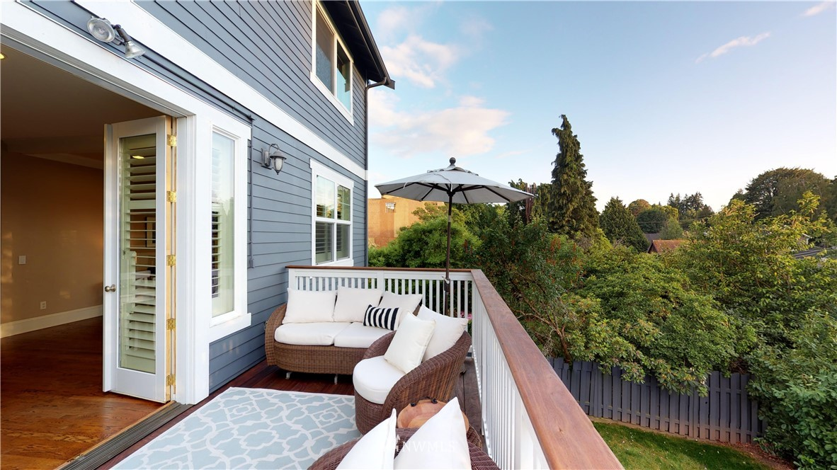 Sold Property | 4537 49th Avenue NE Seattle, WA 98105 22