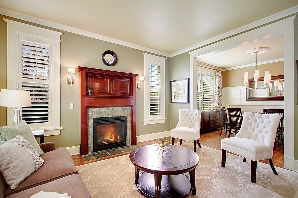 Sold Property | 4537 49th Avenue NE Seattle, WA 98105 2