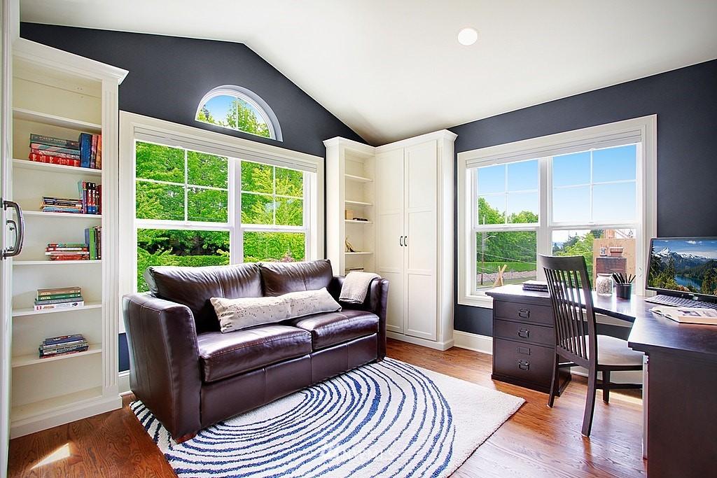 Sold Property | 4537 49th Avenue NE Seattle, WA 98105 11