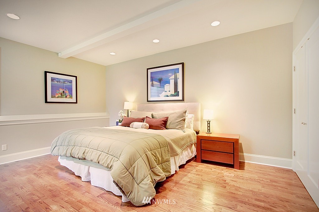 Sold Property | 4537 49th Avenue NE Seattle, WA 98105 21