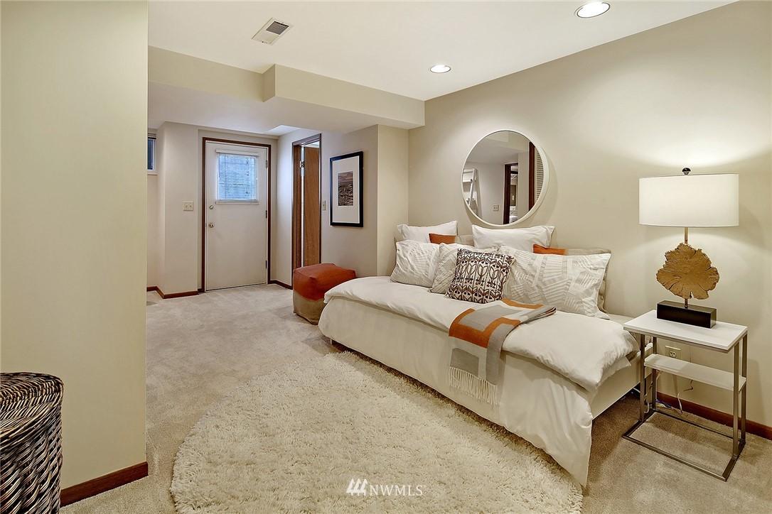 Sold Property   8712 22nd Avenue NW Seattle, WA 98117 12