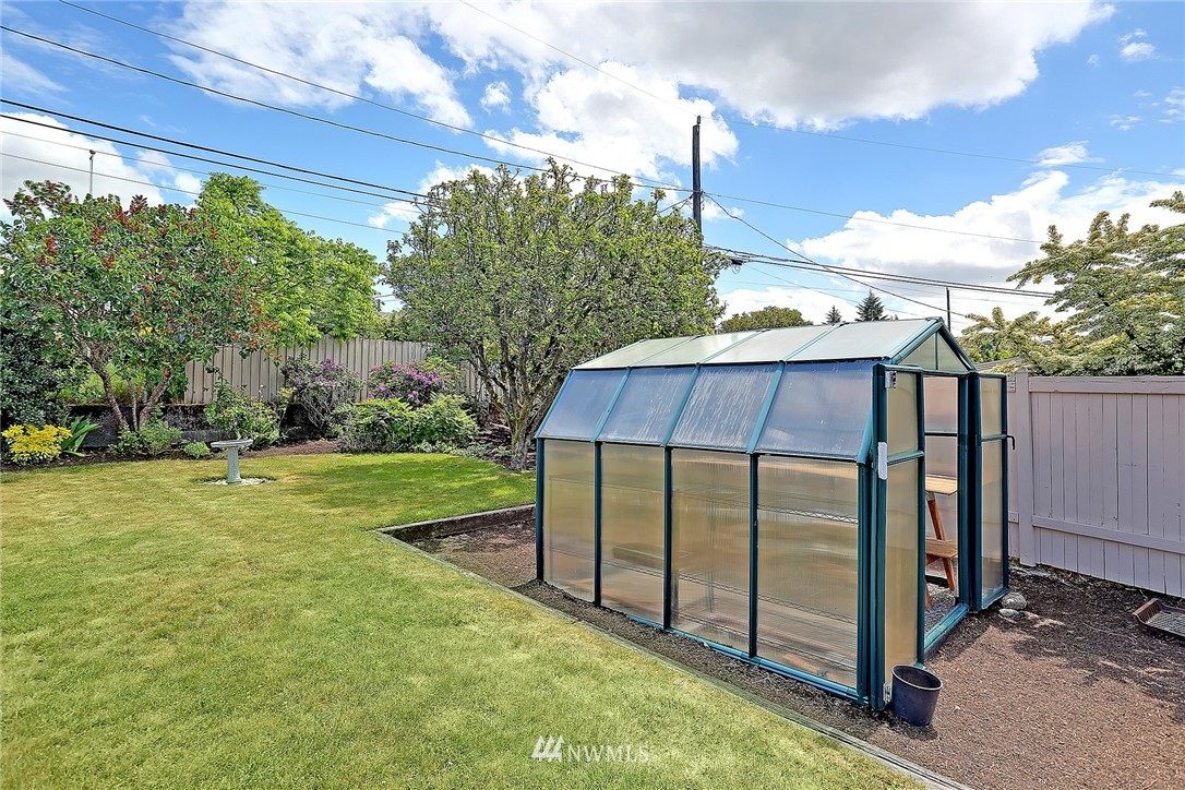 Sold Property   8712 22nd Avenue NW Seattle, WA 98117 21