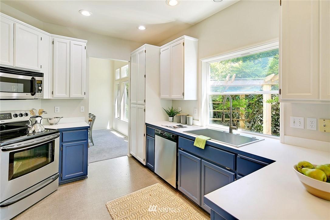 Sold Property   17809 39th Avenue W Lynnwood, WA 98037 6
