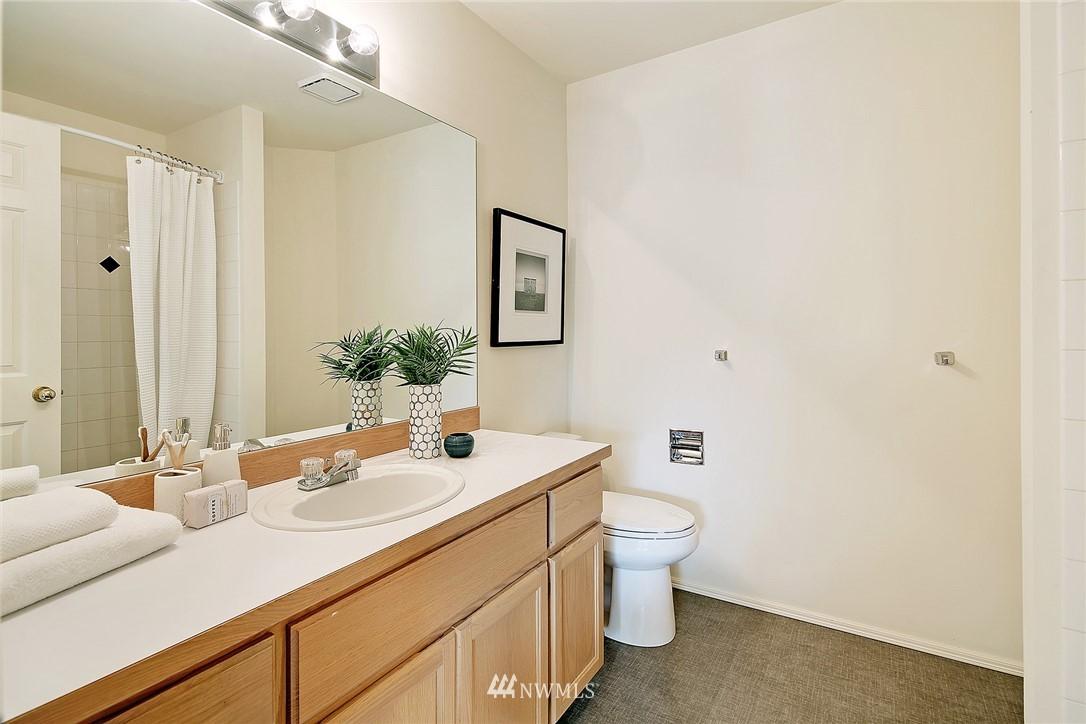 Sold Property   17809 39th Avenue W Lynnwood, WA 98037 16