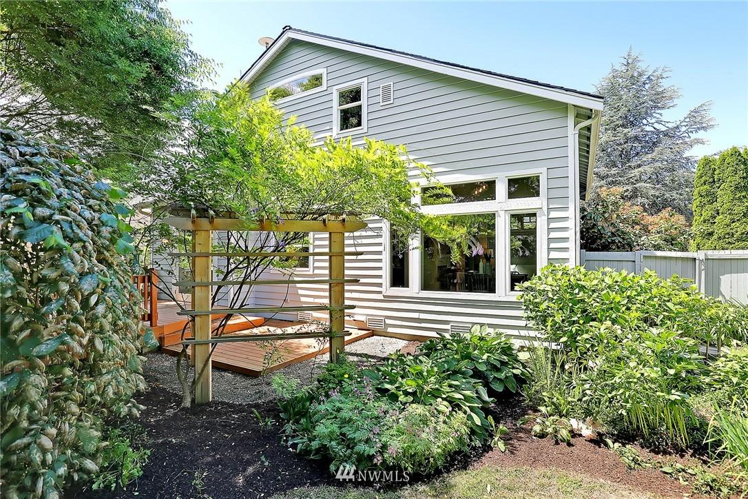 Sold Property   17809 39th Avenue W Lynnwood, WA 98037 20
