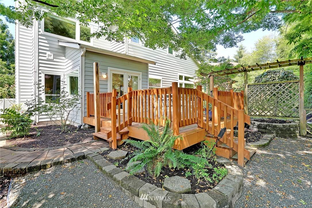 Sold Property   17809 39th Avenue W Lynnwood, WA 98037 24