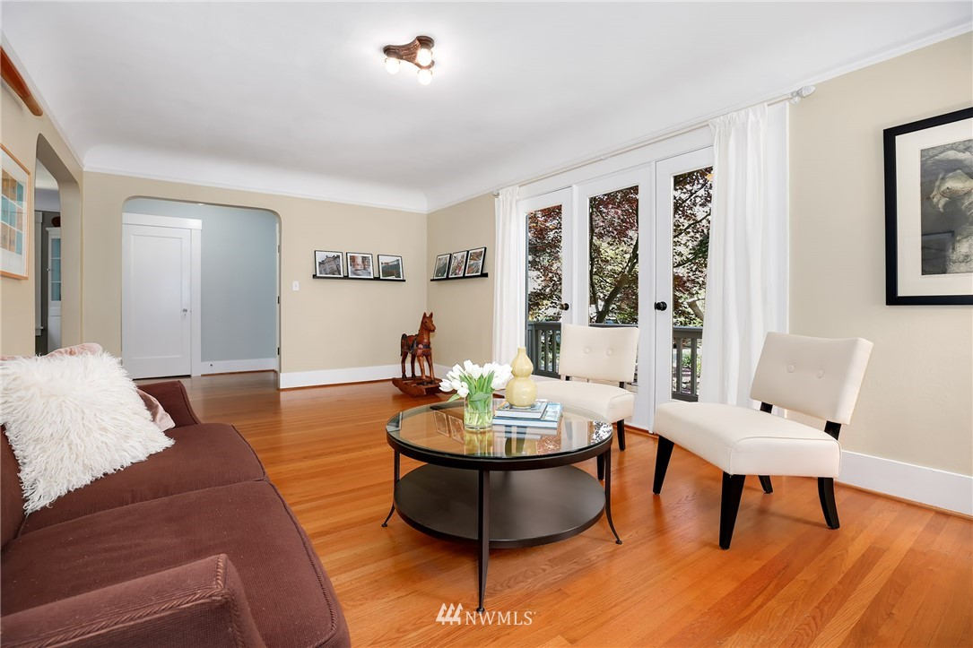 Sold Property | 2283 NE 60th Street Seattle, WA 98115 2