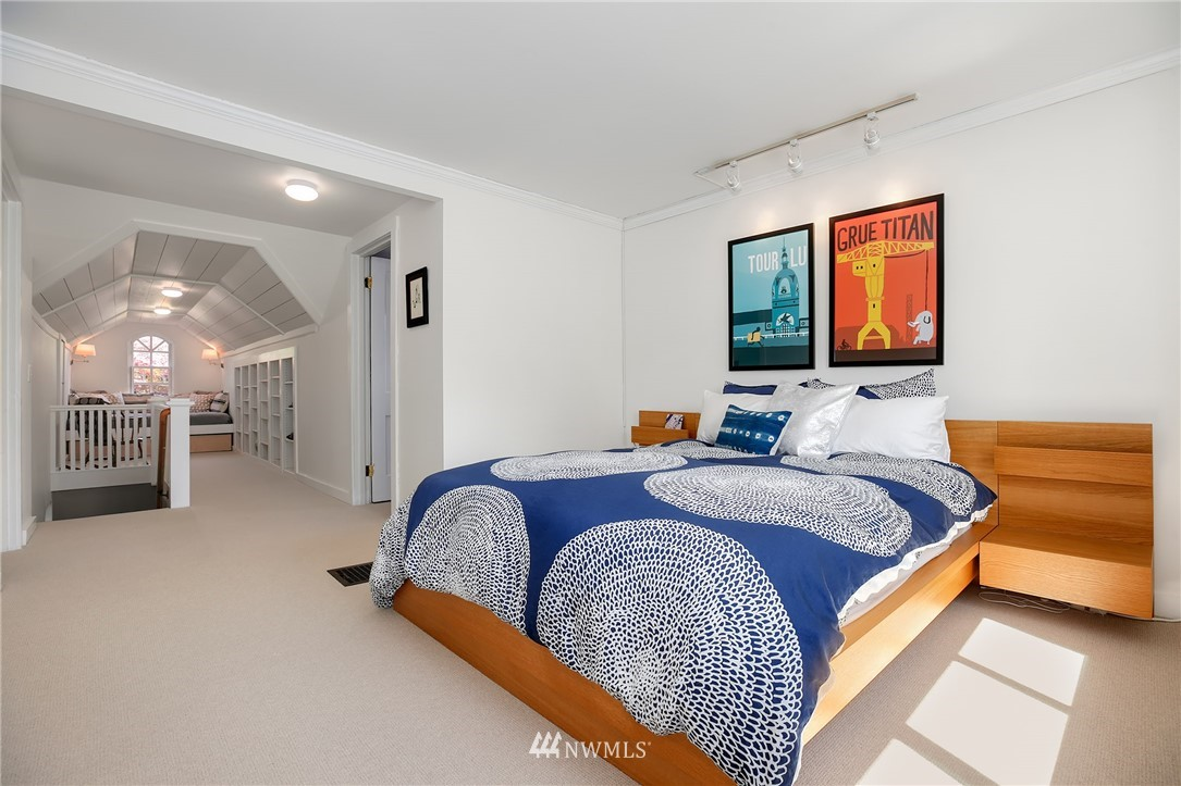 Sold Property | 2283 NE 60th Street Seattle, WA 98115 12