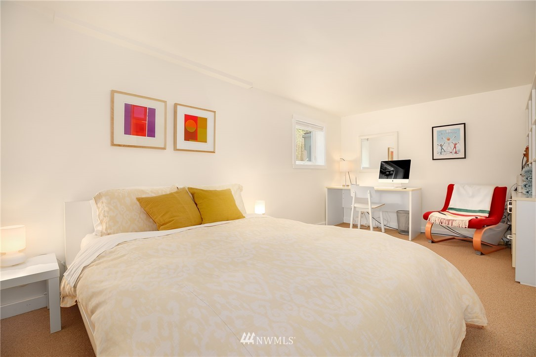 Sold Property | 2283 NE 60th Street Seattle, WA 98115 17