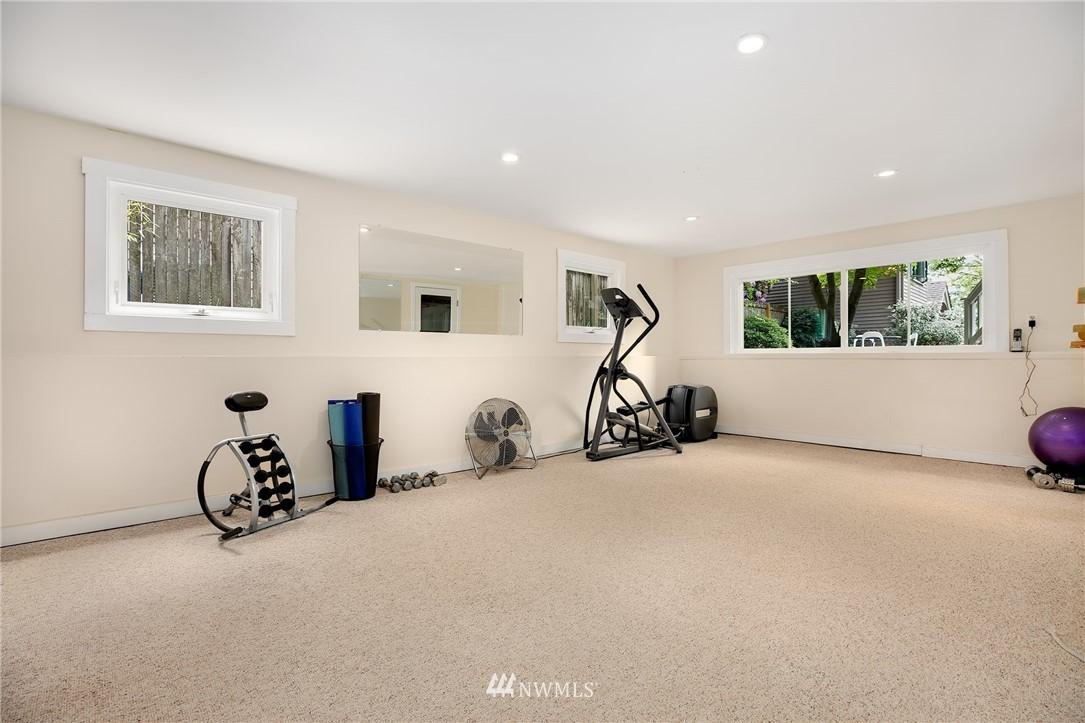 Sold Property | 2283 NE 60th Street Seattle, WA 98115 18