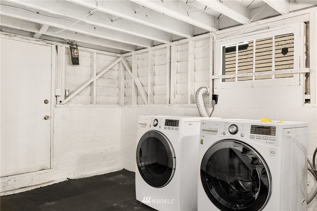 Sold Property | 6015 8th Avenue NE Seattle, WA 98115 17