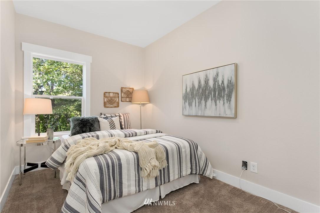 Sold Property | 6015 8th Avenue NE Seattle, WA 98115 10