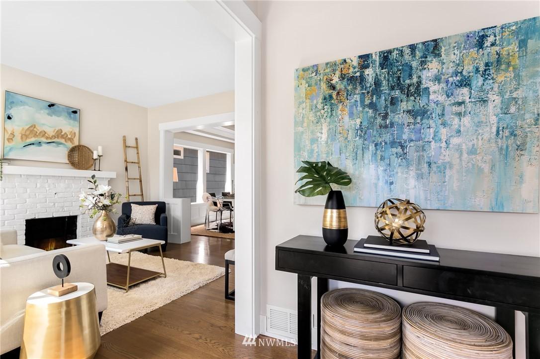Sold Property | 6015 8th Avenue NE Seattle, WA 98115 1