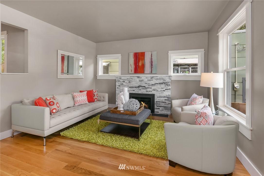 Sold Property | 1813 N 51st Street Seattle, WA 98103 4