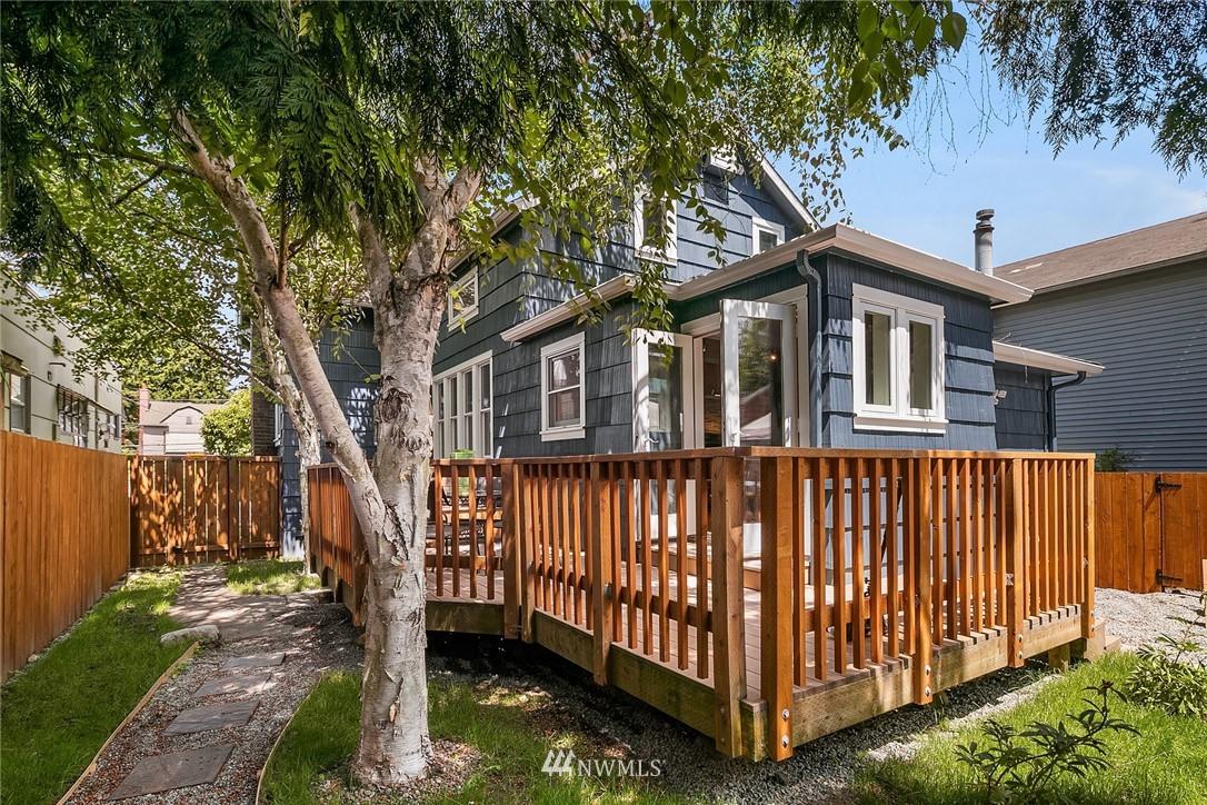 Sold Property | 1813 N 51st Street Seattle, WA 98103 12