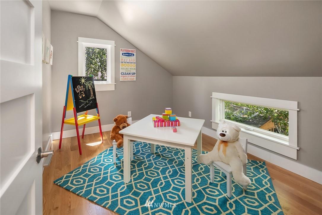 Sold Property | 1813 N 51st Street Seattle, WA 98103 15